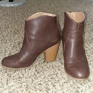 Chocolate Brown Heel Zip Booties
